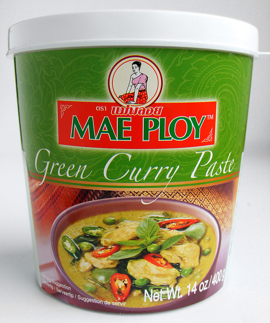 Thai Green Curry Coconut Soup | A PCOS Cookbook
